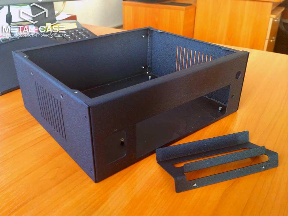 Корпус для прибора беспроводной передачи данных (7 фото)