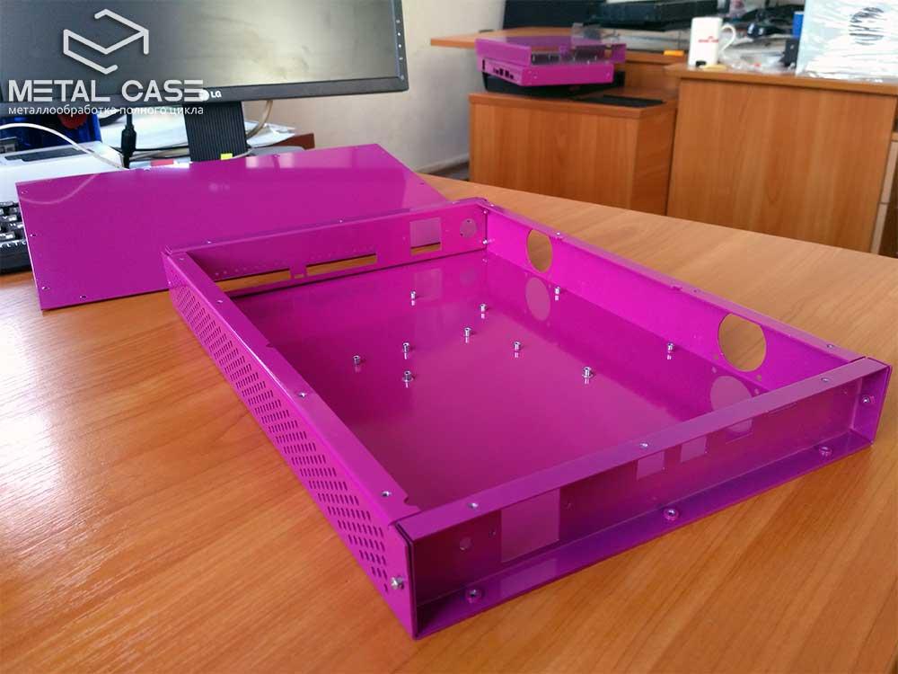 Стальной корпус для серверной стойки (6 фото)