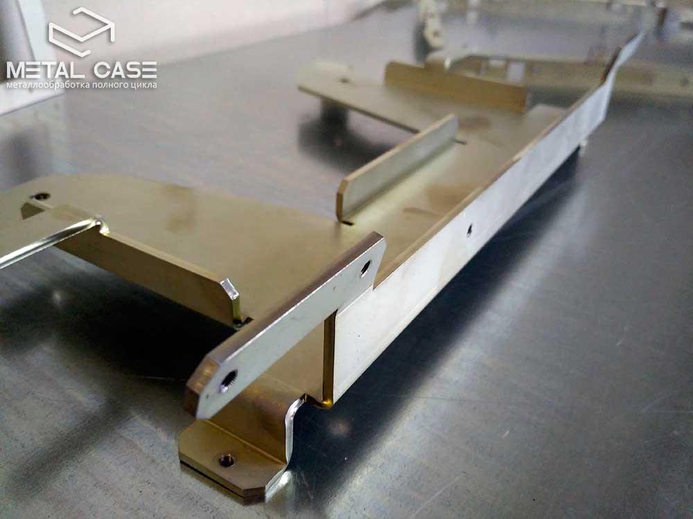 Оцинкованные белым цинком детали для медицинского оборудования (5 фото)