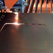 Лазерная резка отверстий иокон вметалле